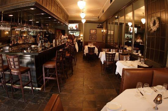 Satterfield's Restaurant: Satterfield's Bar
