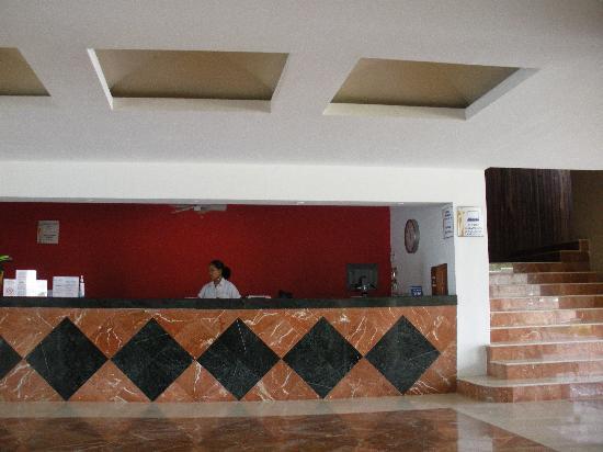 Hotel Bonampak: lobby