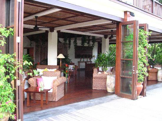 อุบุด แฮงกิ้งการ์เดนส์ บาย โอเรียนท์เอ็กซ์เพรส: terrace lounge