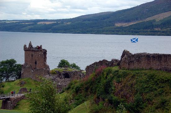 Kinbrylie: Urquart Castle, Loch Ness.