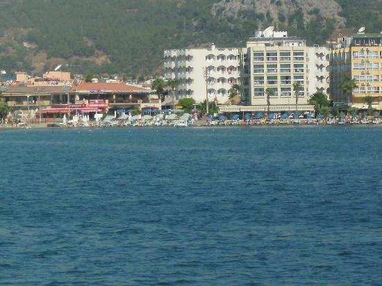 Baris Apartments and Hotel: view of beautiful marmaris from our boat trip