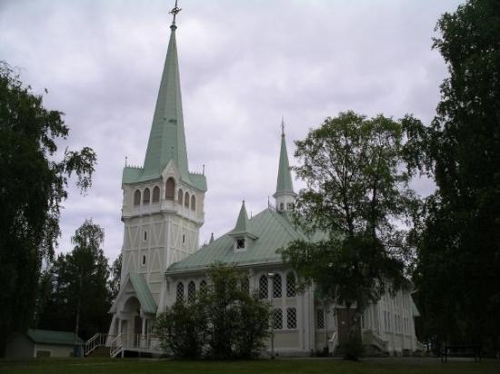 Kirken i Jokkmokk var meget smuk.