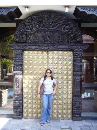 Hyatt Regency Kathmandu : doorway-Hyatt regency