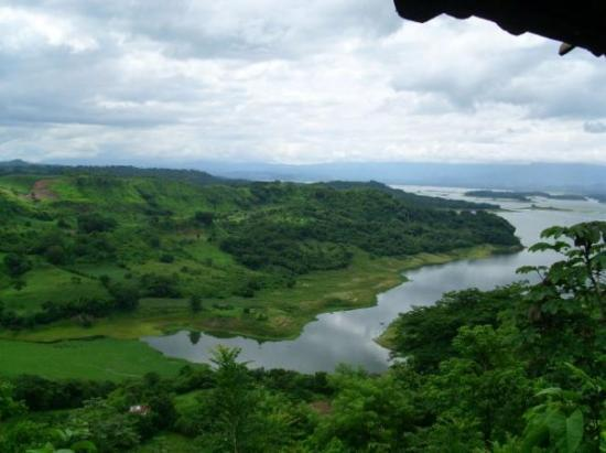 Suchitoto, El Salvador: el lago suchitlan