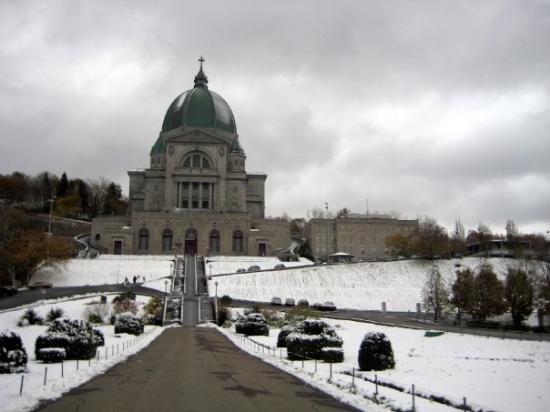 ห้องสวดเซนต์โจเซฟ ณ เมาทน์รอยัล: saint-joseph church~