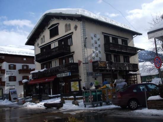Livigno, อิตาลี: This is the hotel we stayed in.