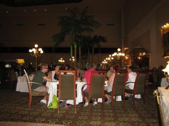 Sheraton Ambassador Hotel Photo