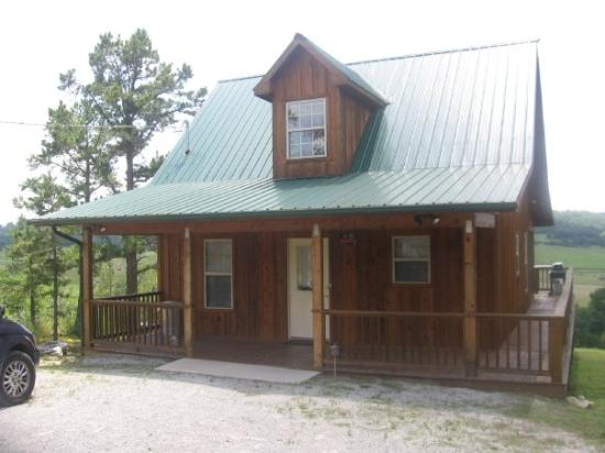 Calico Rock Cabins: Love the middle cabin at Calico bluff Cabins...perfect for my family...