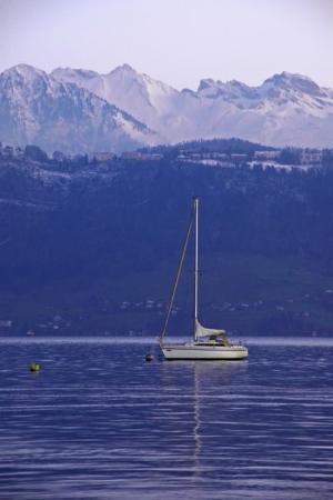 Lake Luzern: Böötli ofem Vierwaldstättersee im Winter