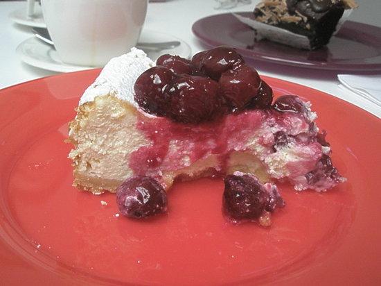 Ottolenghi - Notting Hill: Cherry vanilla cheesecake