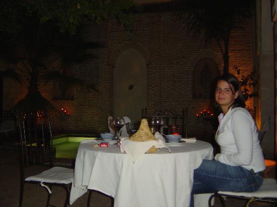 Riad Amira: Patio by night