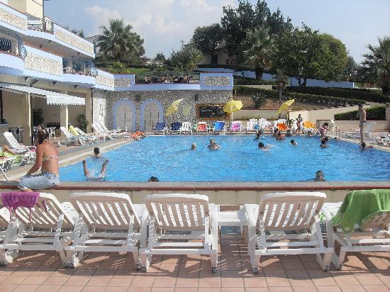 Panorama Family Club: e questa la piscina
