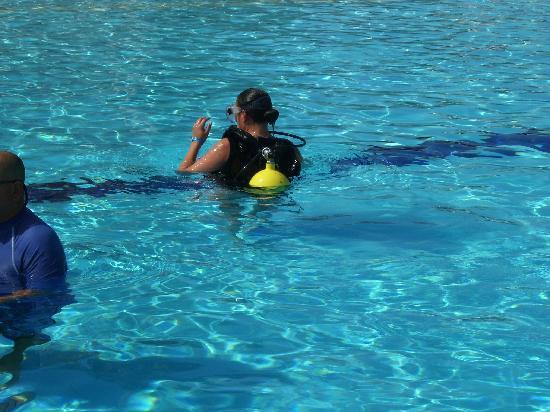 TRYP Cayo Coco: Scuba in the pool