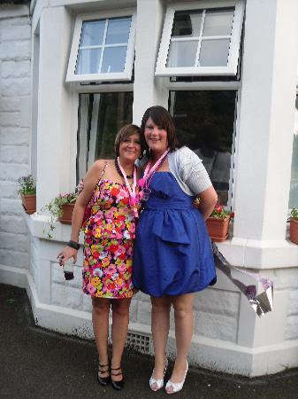 Arden Guest House: me and ma sister in law outside the arden guest hous