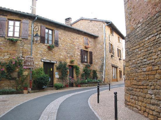 Le Clos des Anges: Oingt (plus beau village 2007)