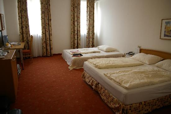 Feichtinger Graz Hotel: sizeable room