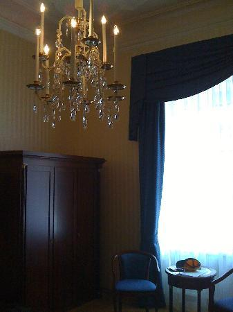 Hotel Ambassador: My room