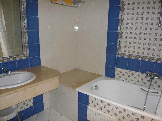 Phenix de Mahdia : bathroom