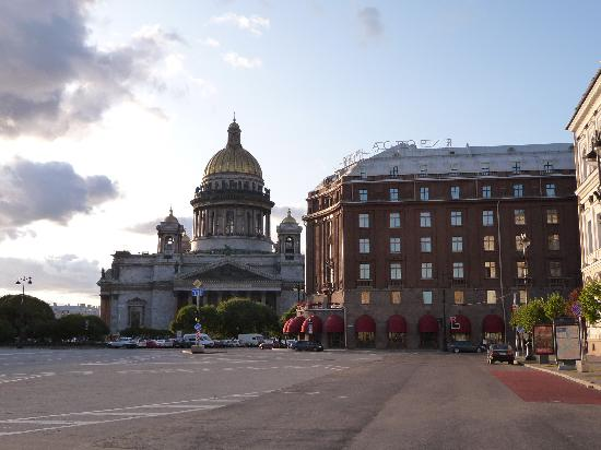 Astoria Hotel : Teh Astoria & St. Isaac's Cathedral