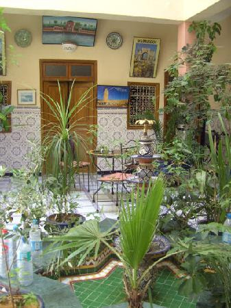 Hotel Imouzzer: patio I