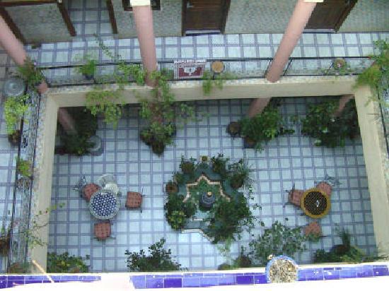 Hotel Imouzzer: patio II