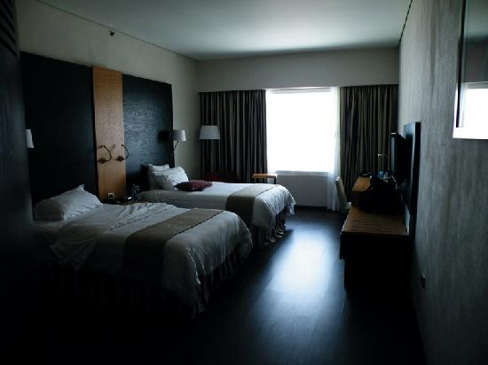 NH Collection Monterrey: twin room