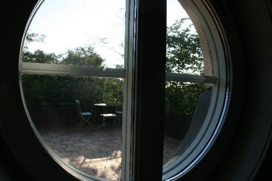 Scandic Hasselbacken: Porthole view