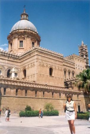 Cattedrale di Palermo: ITALIJA, SICILIJA, PALERMO, I katedrala u Palermu,  pripada normansko-arapskom stilu, ali je neš
