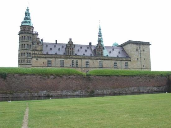ปราสาทโรเซนเบิร์ก ภาพถ่าย