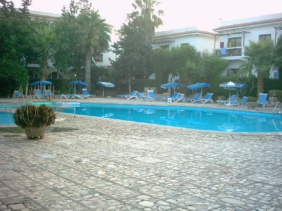 Lysithea Beach Hotel Apartments: The pool