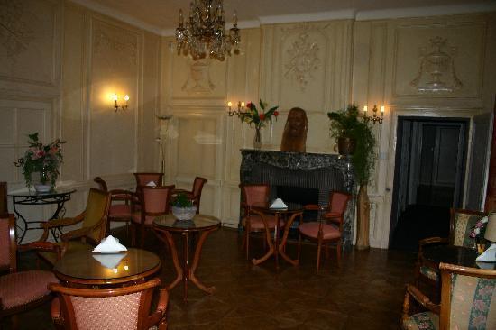 Hostellerie Saint Louis : Lounge