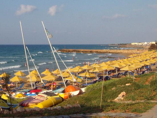 Mitsis Rinela Beach Resort & Spa: La spiaggia