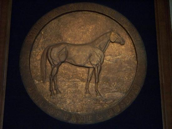 American Quarter Horse Heritage Center & Museum: AQHA Giant Seal down the Hall of Fame