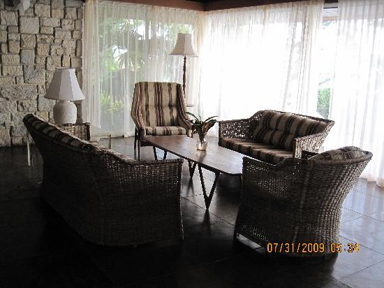 Frenchman's Cove Resort : Frenchman's Cove Villa #4 living room