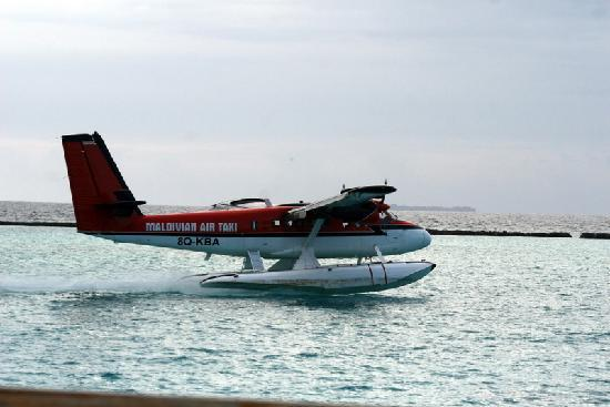 The Sun Siyam Iru Fushi Maldives: Arrival by sea plane