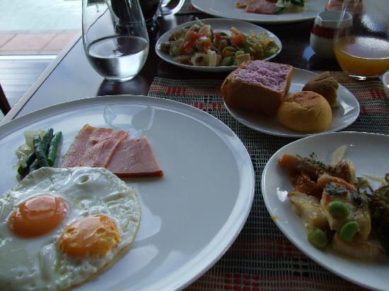 สปารีสอร์ทเอกซ์เซส: 朝食