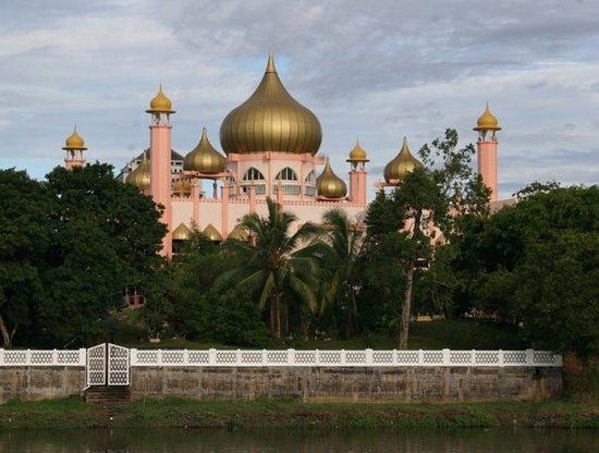 Kuching, Malaysia: Babyrosa tempel