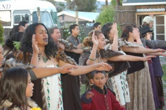 Ferrymead Heritage Park: Māori Greeting, Tamaki Villiage, Ferrymead