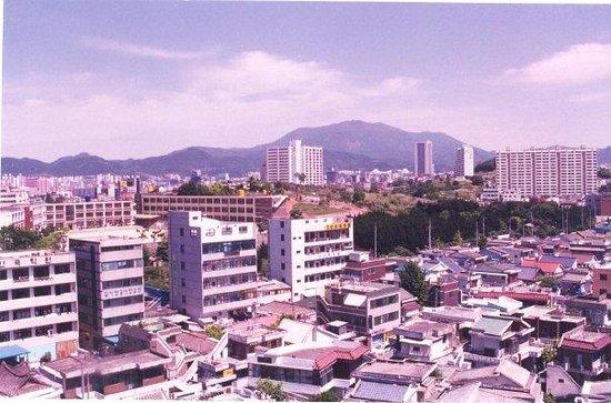 Gwangju, South Korea: Vista de Kwangju desde el mi depa en Kwangju :)