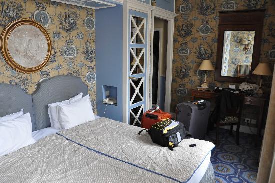 โรงแรมเดส์ กรองด์ ฮอมเมส: room 30