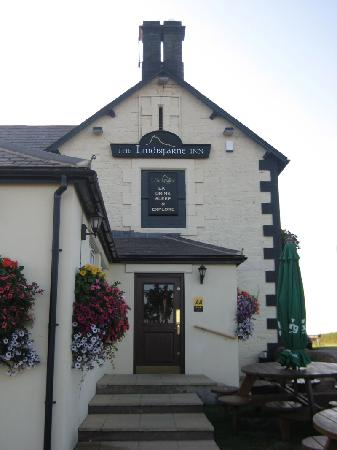 The Lindisfarne Inn: pub entrance
