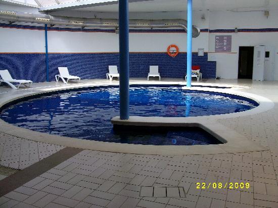 La chambre picture of hotel mediterraneo park and hotel for Piscina climatizada