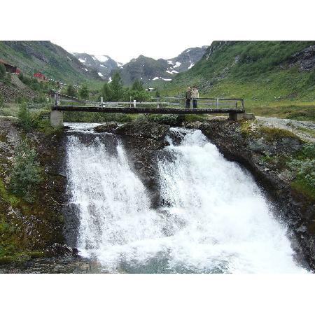 waterfall along path Myrdal-Vatnahalsen