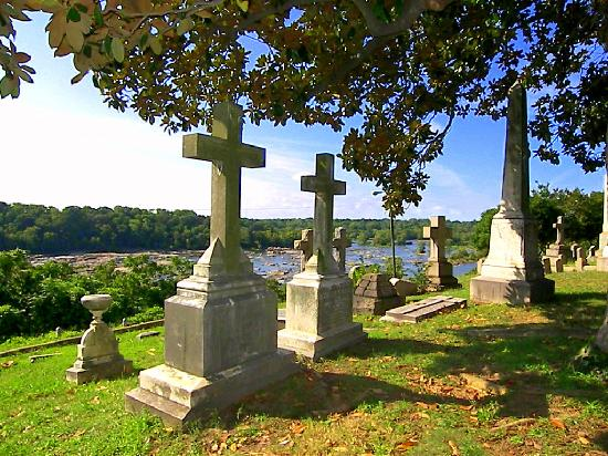 Hollywood Cemetery: View of the River