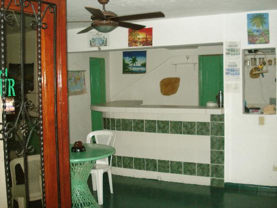 Hotel Metur : Restaurant Bar