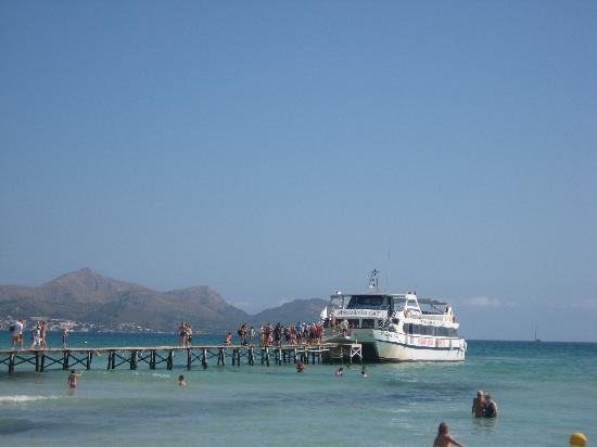 Family Life Alcudia Pins: the jetty from which you can go on boat trips
