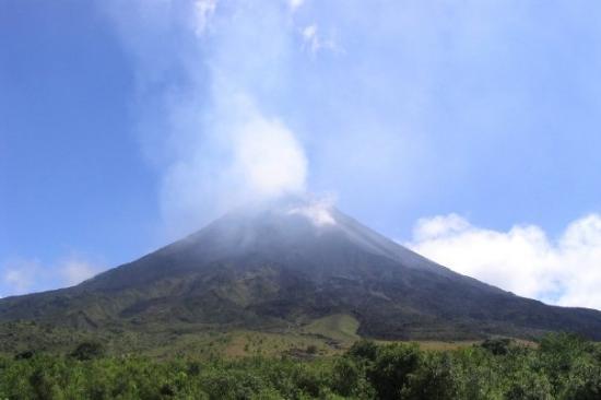 Arenal Volcano (Volcan Arenal) ภาพถ่าย