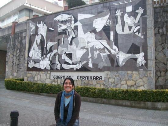 Gernika-Lumo, Spain: Cuadro de Picasso