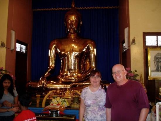 วัดไตรมิตร: Golden Buddha