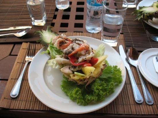 Centara Koh Chang Tropicana Resort: Lunch-time